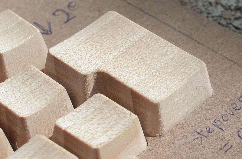 [Usinage CNC] - Claviers en bois Demicl13