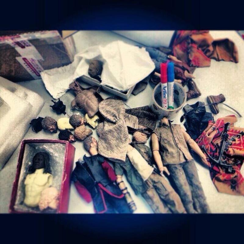"""THE WALKING DEAD """" Figurines OFFICIELLES """"  Walkin10"""