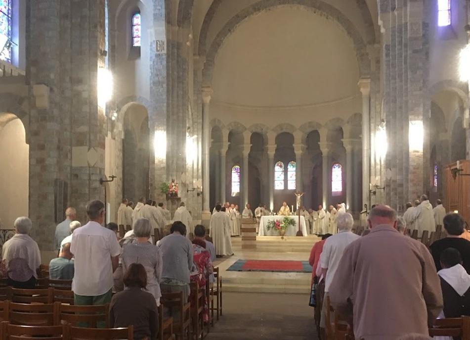 Solemnité de St Benoît à En Calcat - 11 juillet 2019 Img_3012