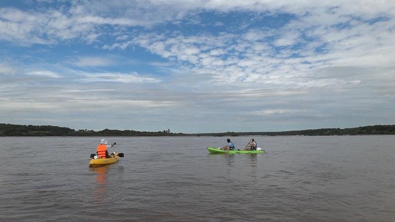 Kayakeada en Río Uruguay. Adrenalina pura...!!! Eay910