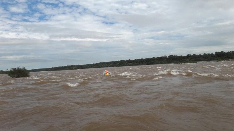 Kayakeada en Río Uruguay. Adrenalina pura...!!! Kijc10