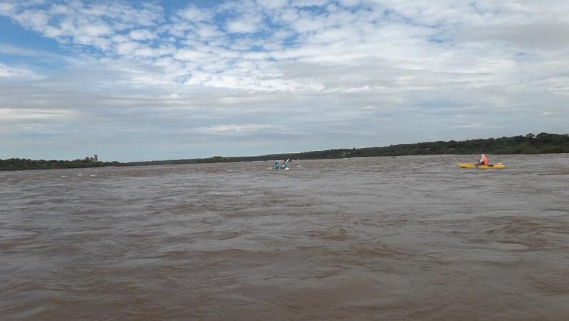 Kayakeada en Río Uruguay. Adrenalina pura...!!! Kvf310