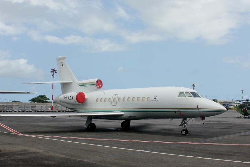J.P.O  Base 01 Libreville GABON J810