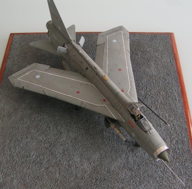 EE Lightning F-6 - Page 2 Ee_lig12