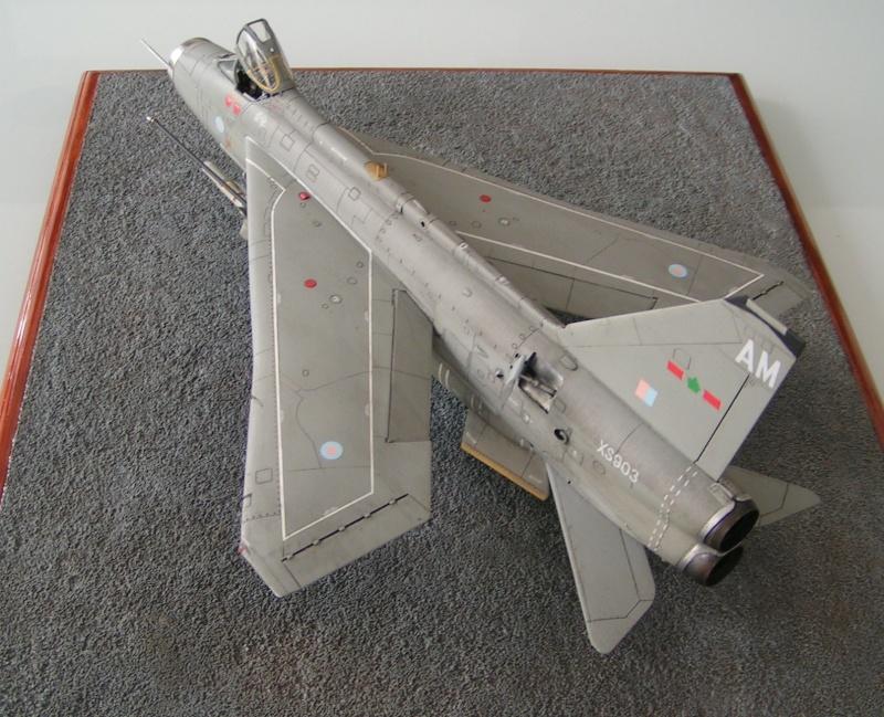 EE Lightning F-6 - Page 2 Ee_lig13