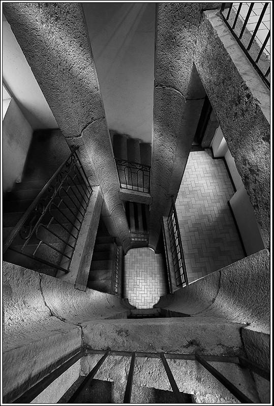 Un  viel escalier  Photo-19