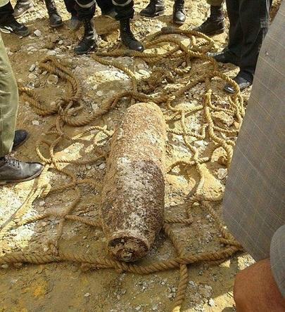 العثور على قنبلة تعود للحرب العالمية  Bombe11