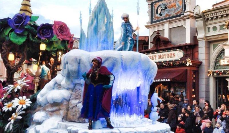 La reine des neiges à Disneyland Paris  14559310