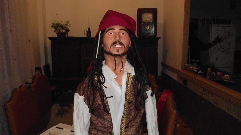 Mon Jack Sparrow bust 1/1 Dscf3223