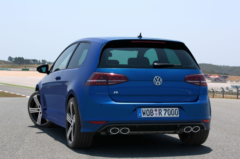 Golf 7 R DSG 6 300ch 4motion Golf-v10