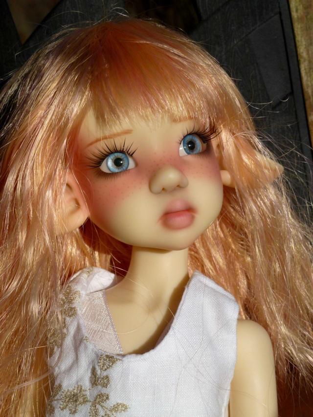 Laryssa de Kaye Wiggs chez Corolle (nouvelles photos page 4) Layla_13