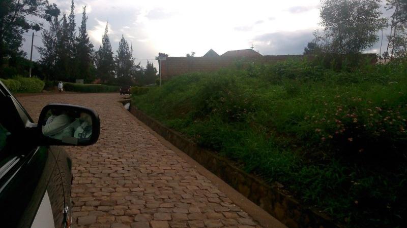 TOUR OF RWANDA -- 17 au 24.11.2013 Rwpave10