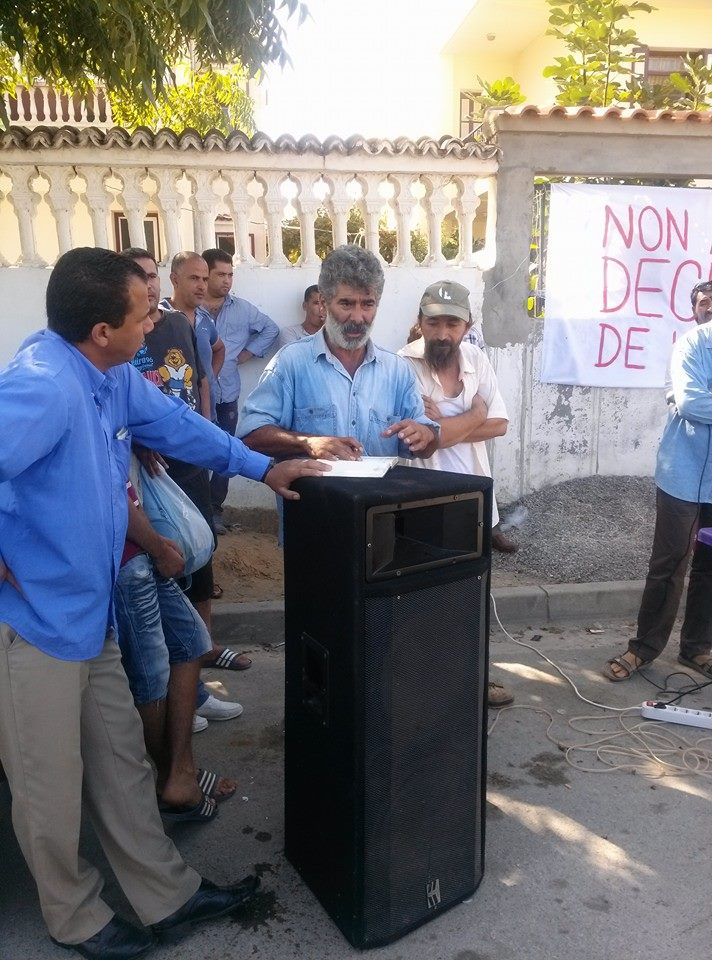 débat public  autour de la décharge de honte d'Aokas  Le Samedi 26 octobre 2013  13959214