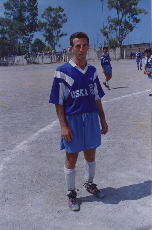Mohand Djouder (CRBAokas)  : Le « douanier » des stades  Mohand10