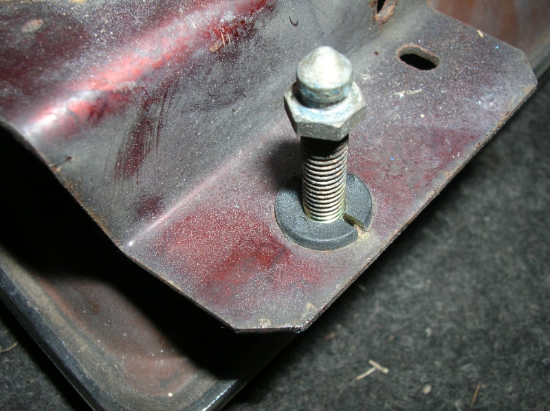 impossibilité d'ouvrir le capot moteur Dscn9310