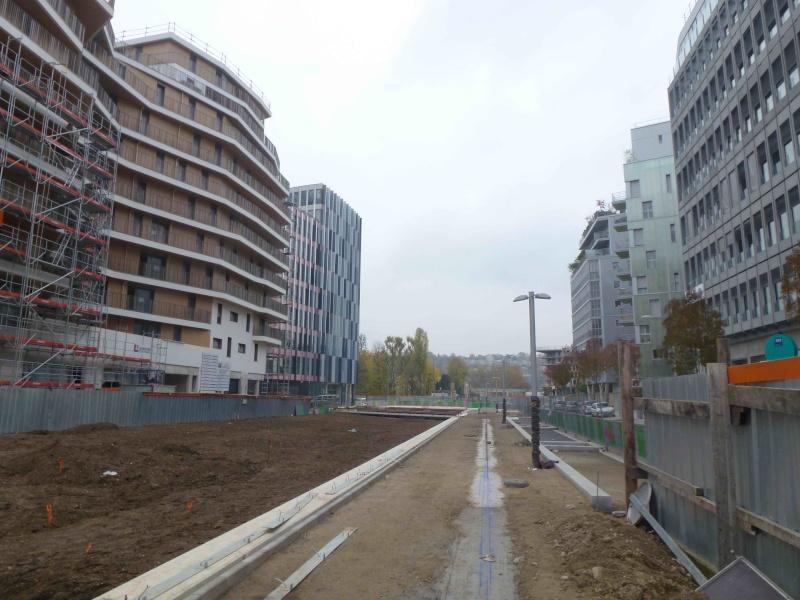Avenue Emile Zola P1130314