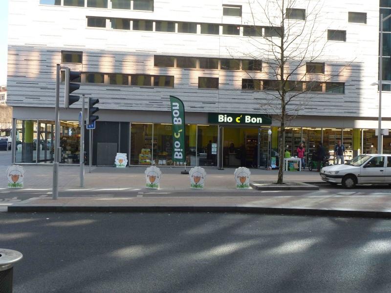 Supermarché Bio c'bon P1170312