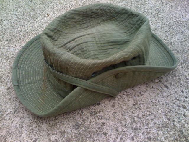 Le chapeau de broussse français - Page 3 Img_2515