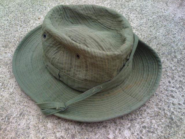Le chapeau de broussse français - Page 3 Img_2516