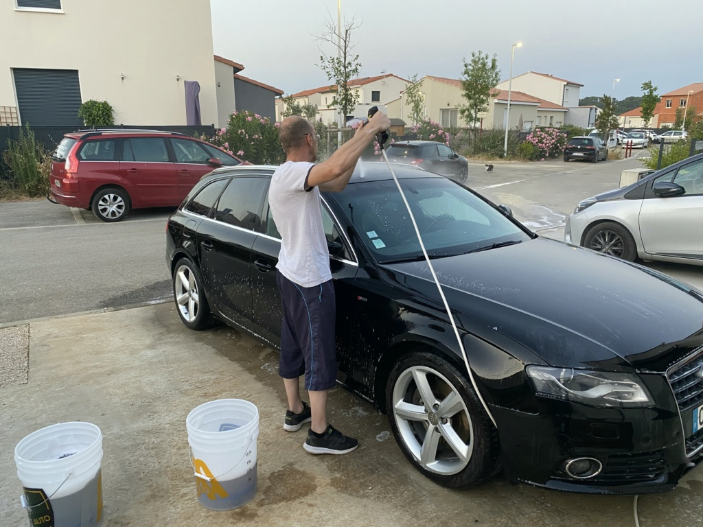Lavage simple A4 Avant B8 polissage toit Img_3918
