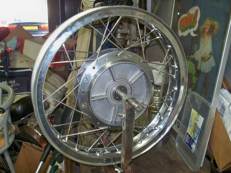 Restauration d'une roue arrière de 350 100_6415