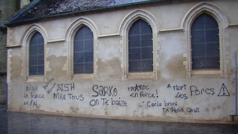 Racisme anti-Français et appel au meurtre, le Parisien et l'AFP font silence ! Tags-e10