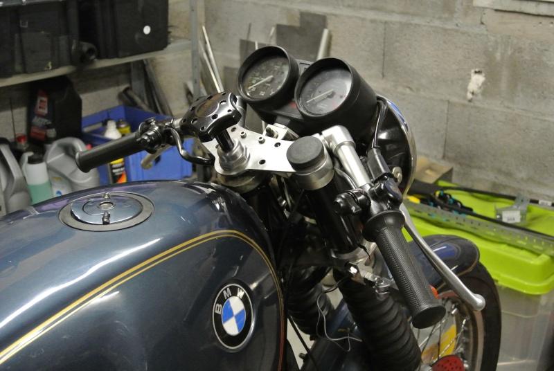 un bitza pour un nouveau racer BMW  - Page 3 Dsc_1575