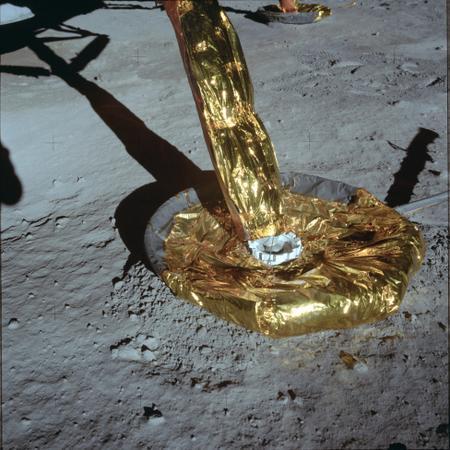 Découvrez les 1407 photos inédites de la mission Apollo 11 conservées pendant plus de 40 ans par la NASA 592610