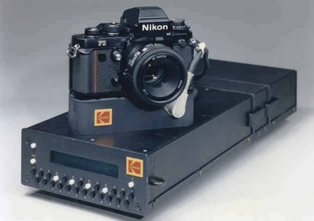 Appareils photos et caméras utilisés dans l'espace  - Page 4 Het1s10