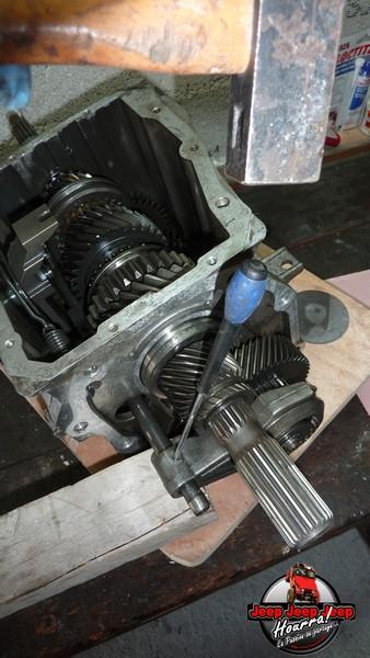 Demontage Borg Warner T5 [BV CJ7 DIESEL/2.0L ESSENCE] P1110940