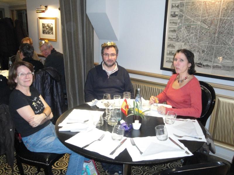 Photos de notre Fête autour de la Galette des Rois ce mardi 14/1/2014 et Article du nord littoral par Fabrice Allemand le 17/1/14 Dsc06413