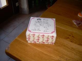 Boîte sans colle Dscn7012