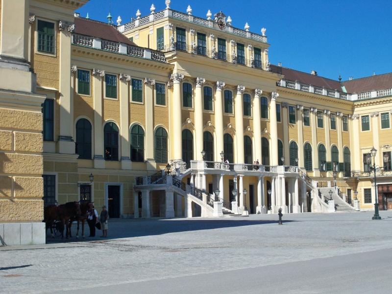 Le palais de Schönbrunn - Page 3 100_1214