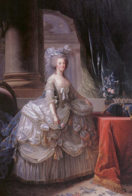 La visite du Petit Trianon: La salle à manger - Page 2 Offici10