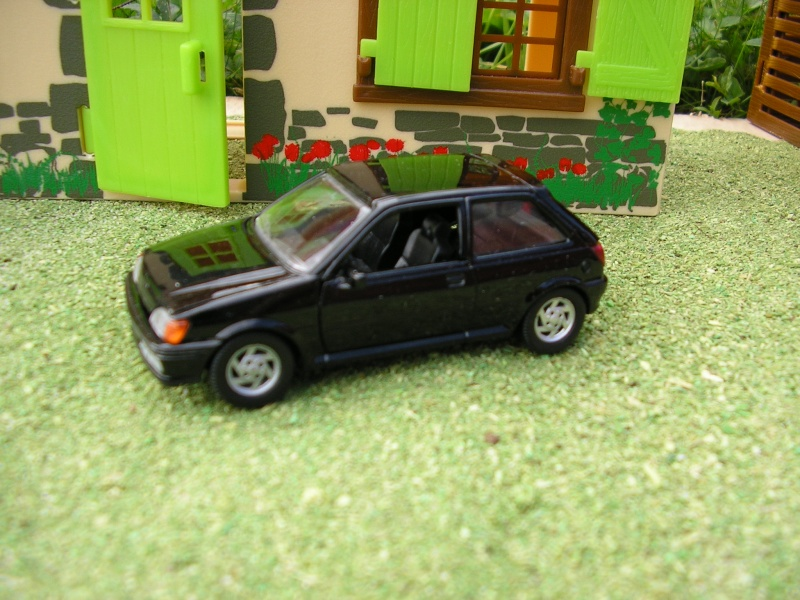 FORD P1010982
