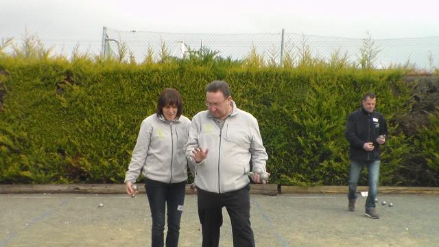 Championnat Doublette Mixte à ST Jean s/Mayenne 2014 Sam_6110