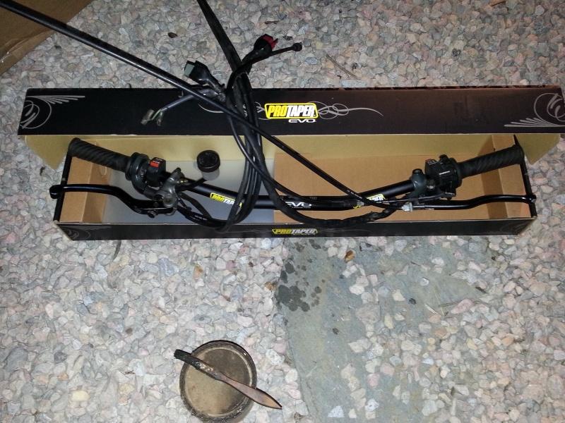 Transformer un NX650 en scrambler - Page 2 20131016