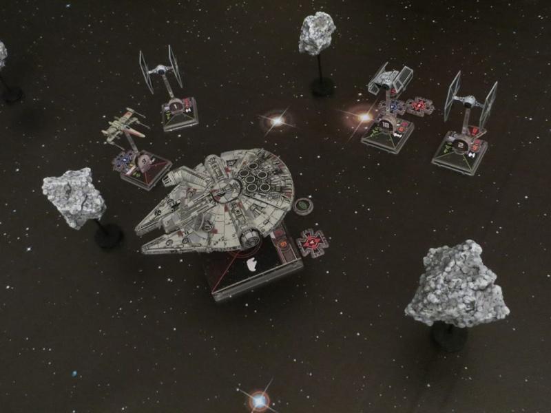 Scenario: In fuga tra gli asteroidi X-wing13