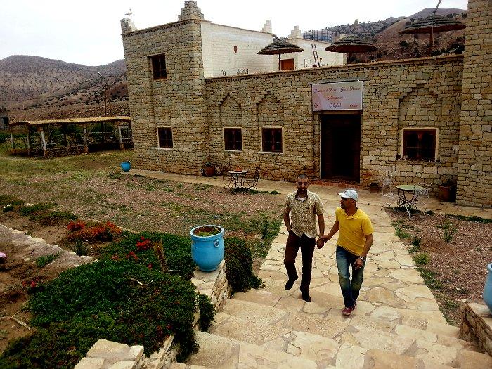 Suivez Mimouni junior sur les traces de nos ancestres Amazigh , Marrakech Merzouga Rissani dades Mimoun28