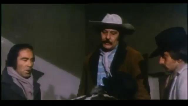 colt - [ Second rôle et cascadeur] Dennis Colt ou Benito Pacifico Vlcsn150