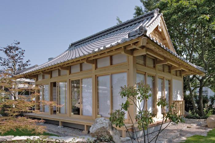 Kimiko & Ranake Hawaru Eigenheim Japanh10