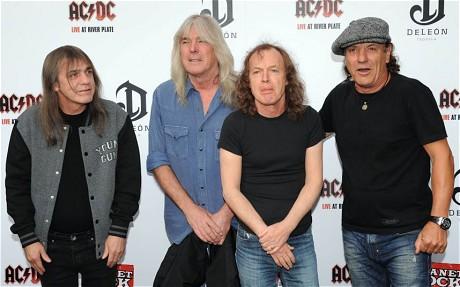 Nouvel album d' AC/DC ? - Page 3 Acdcne10