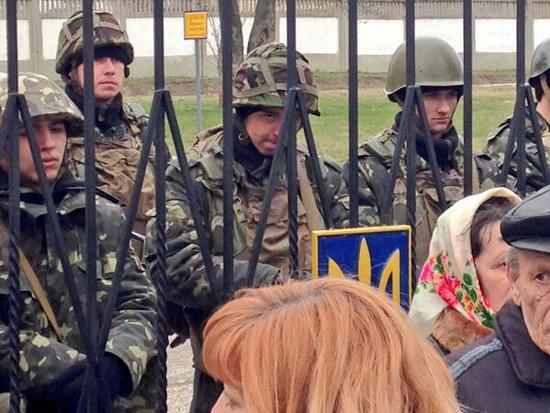 Printemps Ukrainien ?  - Page 6 Ces_je10