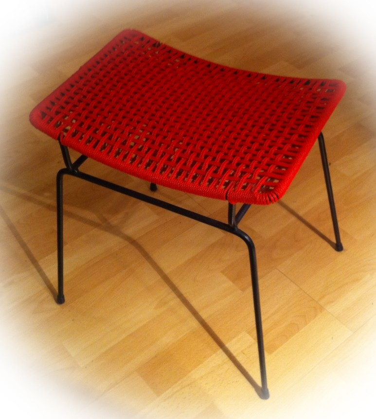 1950's foot stool - wire frame with woven seat Stool10