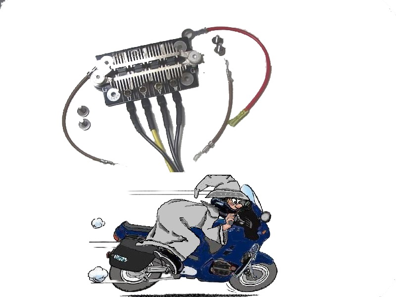 Photos de vous et de votre moto devant ....un château  - Page 3 La_mot10