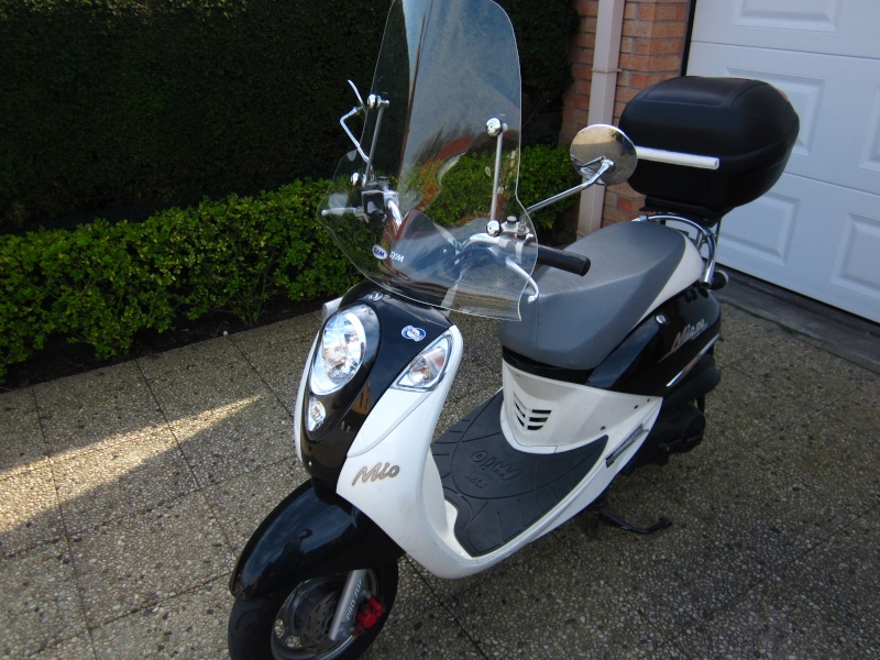 vends scooter sym mio 100cm3 Img_1711