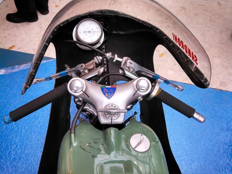salon moto Légende 2013 - Page 3 Img_2019