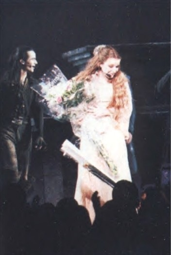 """Comédie musicale """"Roméo & Juliette"""" - Page 2 X_d34c10"""