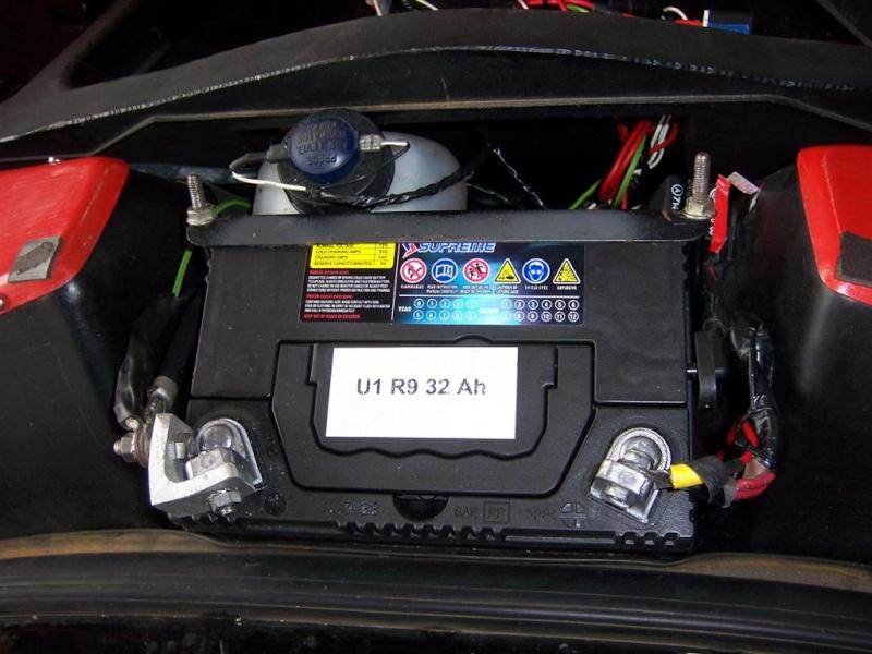 Batterie, caractèristiques et dimensions 100_5010