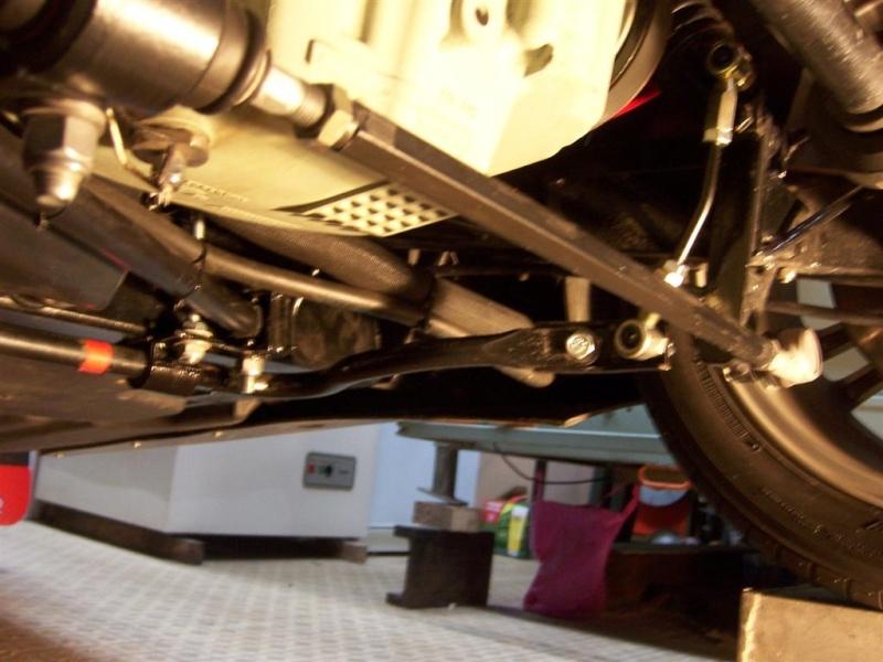 Montage de la barre stabilisatrice arrière F16 100_5321